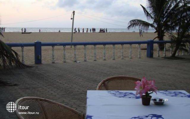 Topaz Beach 7