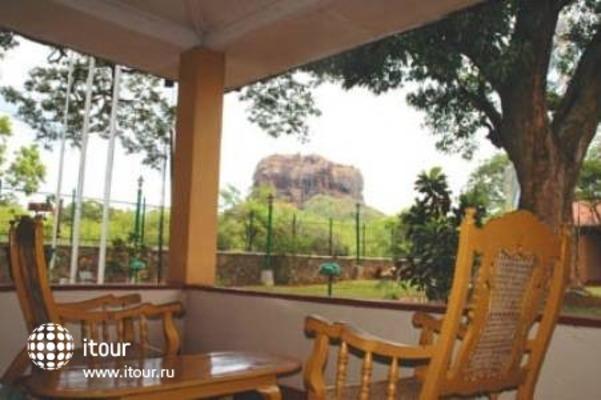 Hotel Sigiriya 7
