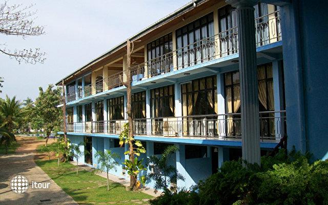 River View Hotel Wadduwa 3
