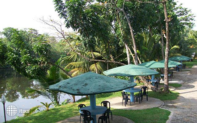 River View Hotel Wadduwa 4