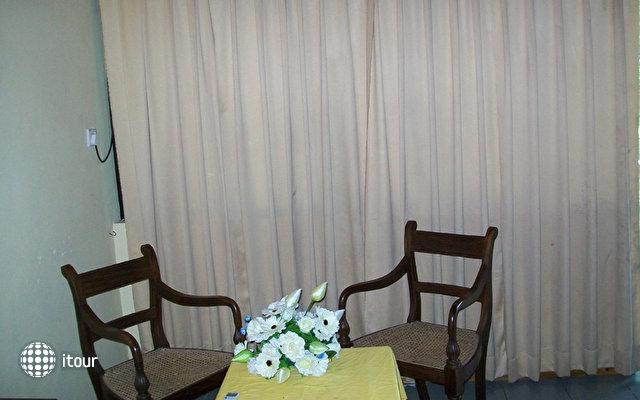River View Hotel Wadduwa 8