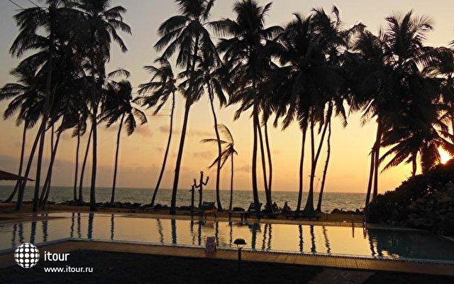 Sanmali Beach 7