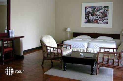 Maravilla Resort 5