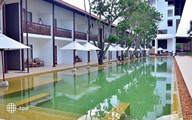 Pandanus Beach Resort & Spa (ex. Emerald Bay) 6