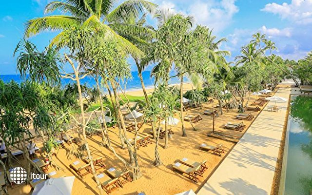 Pandanus Beach Resort & Spa (ex. Emerald Bay) 4