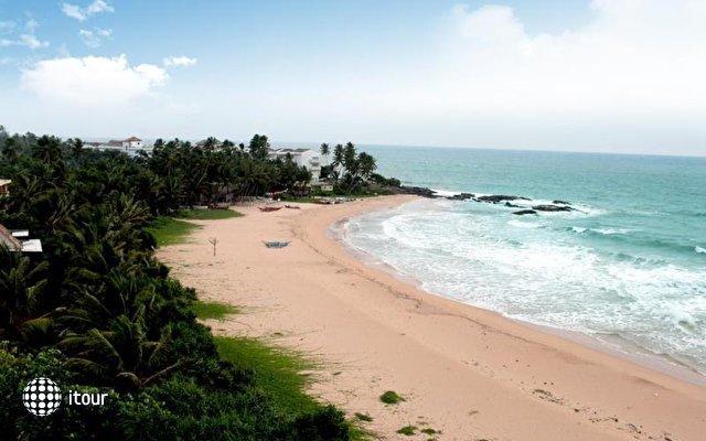 Pandanus Beach Resort & Spa (ex. Emerald Bay) 5
