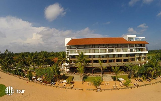 Pandanus Beach Resort & Spa (ex. Emerald Bay) 2