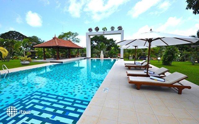 Cocoon Resort & Villas 1