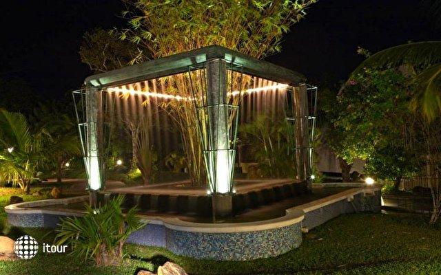 Cocoon Resort & Villas 7