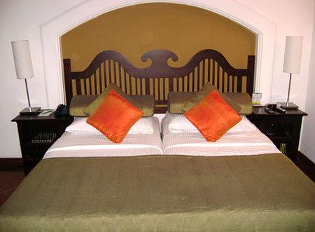 Cinnamon Lodge Hotel (ex. The Lodge & The Village) 4