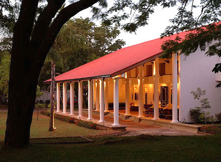 Cinnamon Lodge Hotel (ex. The Lodge & The Village) 7