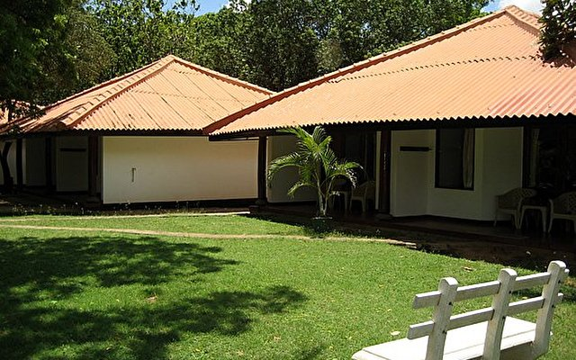 Nilaveli Beach Hotel 2