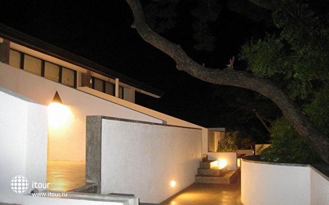 Nilaveli Beach Hotel 7