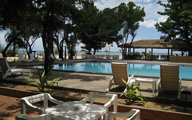 Nilaveli Beach Hotel 8
