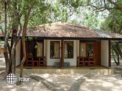Nilaveli Garden Inn 1