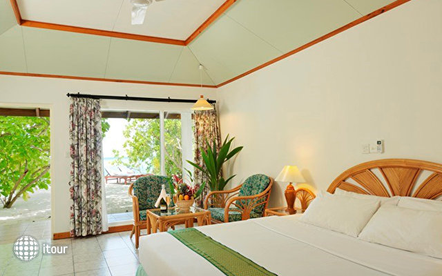 Sun Island Resort 10