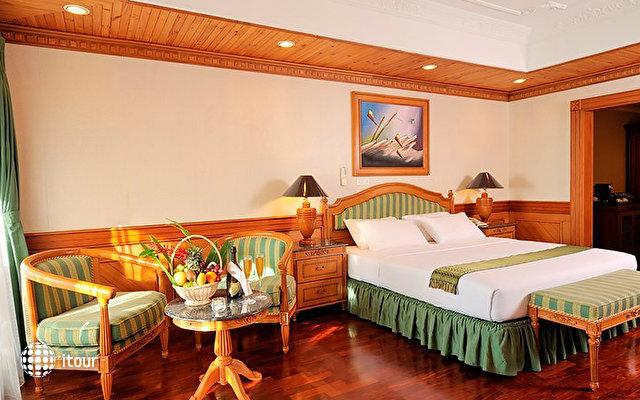 Sun Island Resort 8