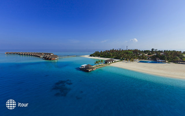 Velassaru Maldives (ex Laguna Beach Resort) 3
