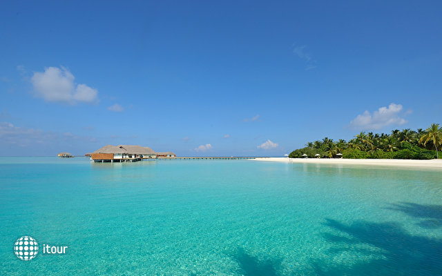 Velassaru Maldives (ex Laguna Beach Resort) 6