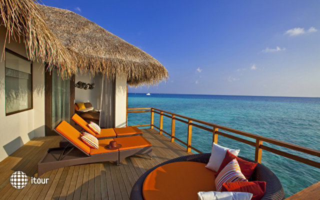 Velassaru Maldives (ex Laguna Beach Resort) 9