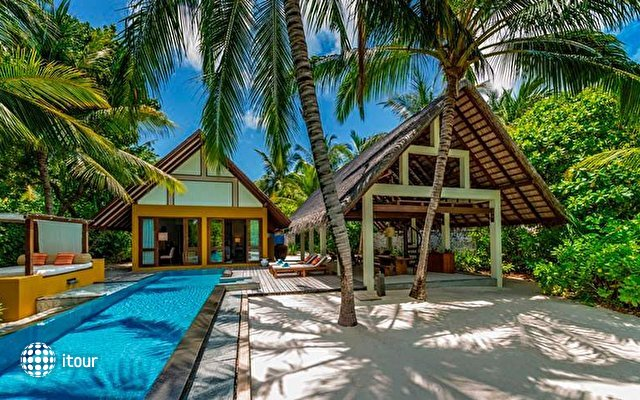 Four Seasons Resort Landaa Giraavaru 9