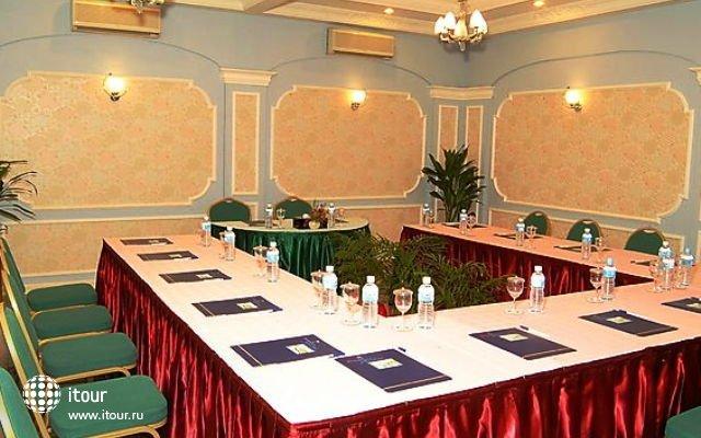 Nasandhura Palace Hotel 4