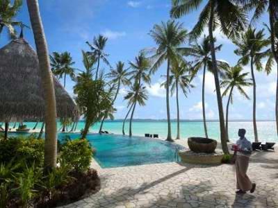 Shangri-la's Villingili Resort & Spa 7
