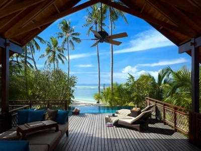 Shangri-la's Villingili Resort & Spa 8