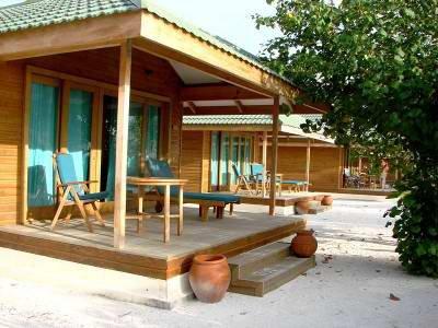 Canareef Resort (ex. Herathera Island Resort) 10