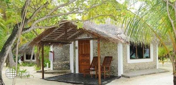 Gasfinolhu Island Resort 6
