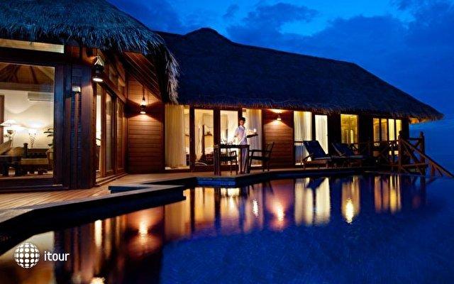 Sun Aqua Vilu Reef Maldives (ex. Vilu Reef Beach And Spa Resort) 6