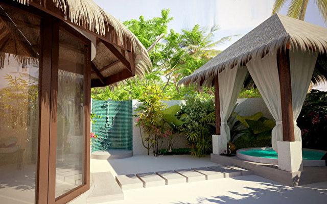 J Resort Huvandhumaafushi 10