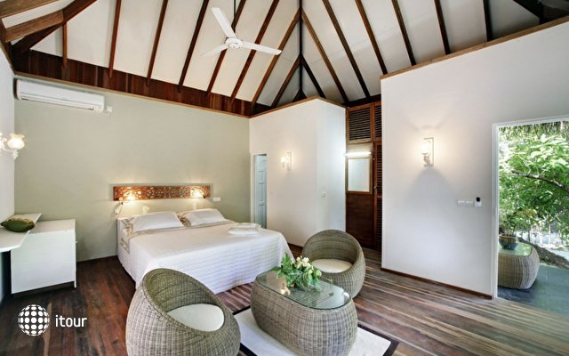 Nika Island Resort 6