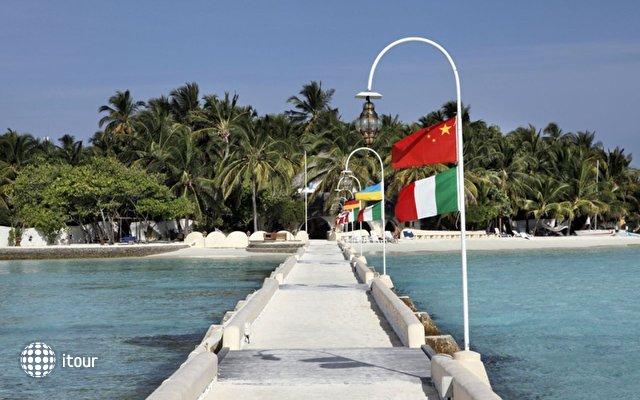 Nika Island Resort 10