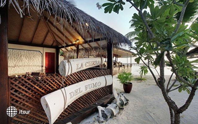 Nika Island Resort 21