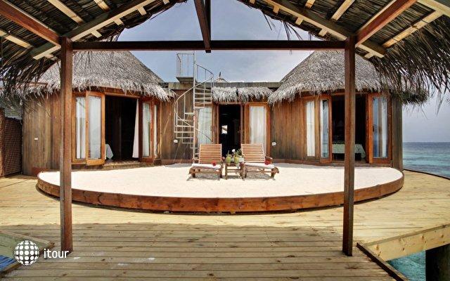 Nika Island Resort 1