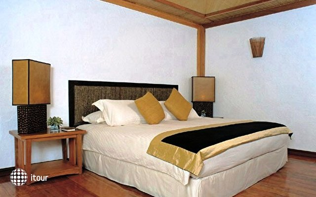 Safari Island Resort & Spa (ex. Dhoni Island) 34