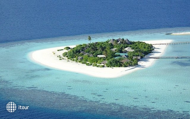 Safari Island Resort & Spa (ex. Dhoni Island) 37