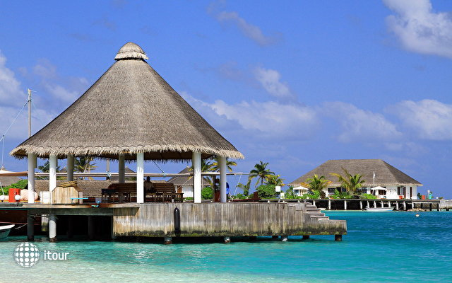 Safari Island Resort & Spa (ex. Dhoni Island) 10