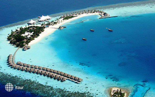 Safari Island Resort & Spa (ex. Dhoni Island) 1