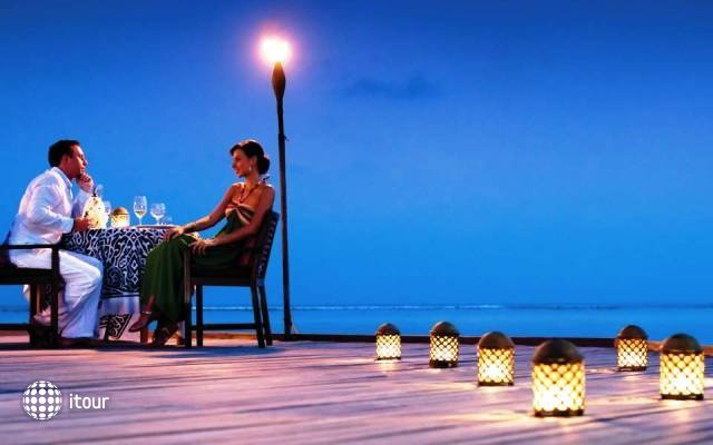 Four Seasons Resort At Kuda Huraa 9