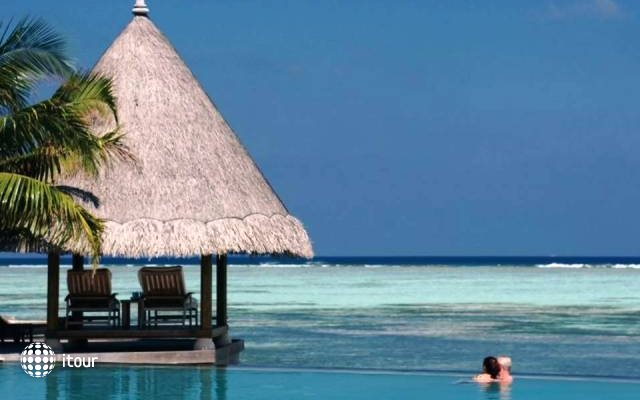 Four Seasons Resort At Kuda Huraa 10