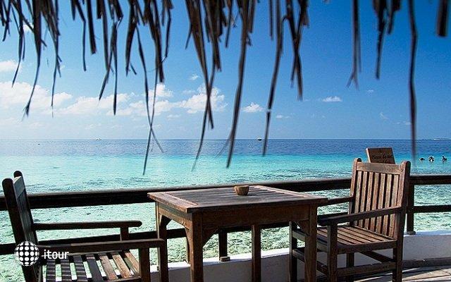 Makunudu Island 3