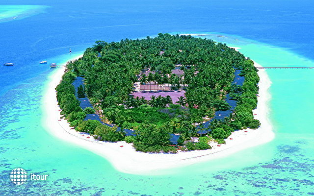 Royal Island Resort & Spa 1
