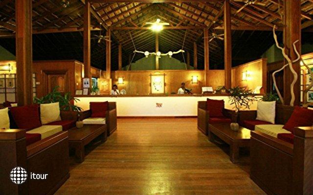 Reethi Beach Resort 4