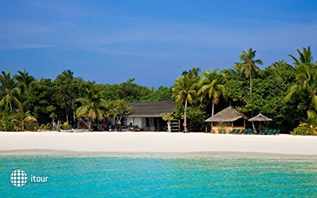 Reethi Beach Resort 3