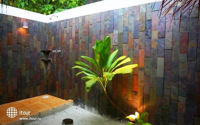 Filitheyo Island Resort 15