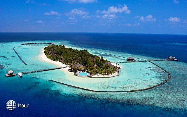 Komandoo Island Resort 2