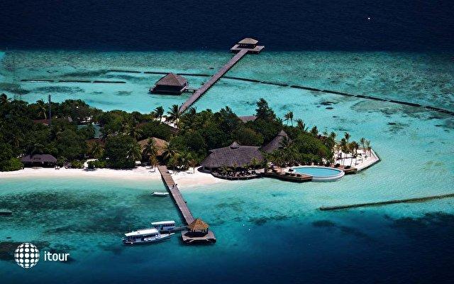 Komandoo Island Resort 3