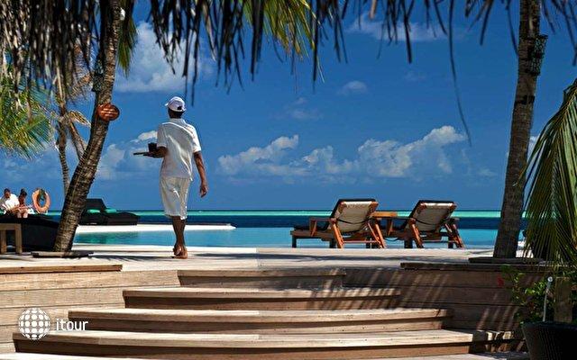 Komandoo Island Resort 5